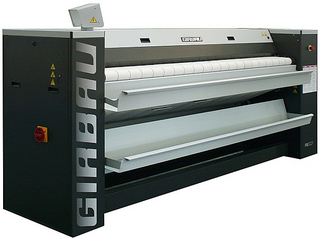 Гладильный каландр Girbau PB-3215